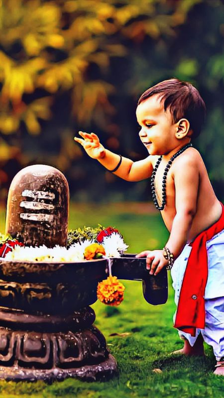 Cute Kid with Shivling Wallpaper