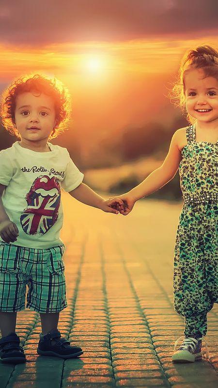 Cute Siblings Wallpaper
